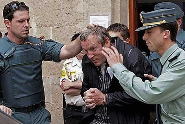 Похитил 290 млн рублей, убил двух человек, уехал в Европу